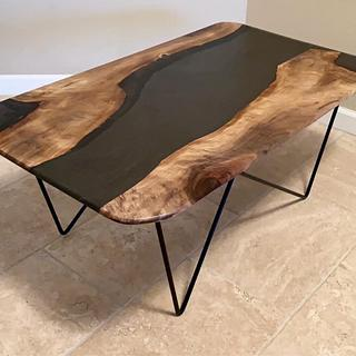 Black Sea Resin Table - Cake by Omid Nabavizadeh