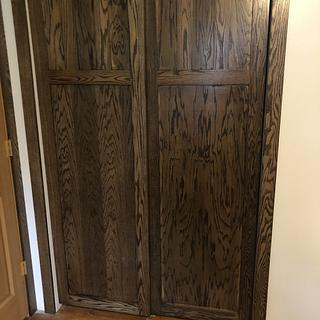 Oak closet sliding doors - Project by Fiftyfoursouth