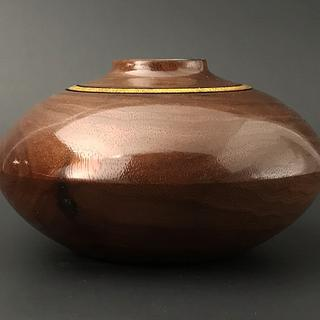 Walnut Hollow Vessel - Woodworking Project by Lew