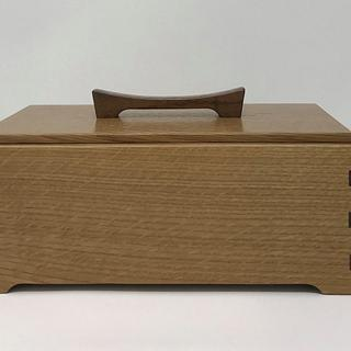 Rift Sawn White Oak And Walnut Keepsake Box