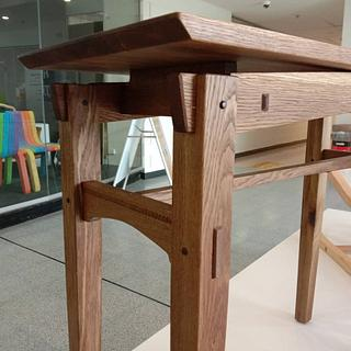 Utility table inspired by Japanese and Arts and Craft furniture design - Project by Chinwagfurniture
