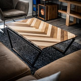 Herringbone Coffee Table - Project by ZacBuilds