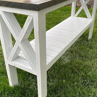 Farmhouse Entryway bench  - Cake by Fiftyfoursouth