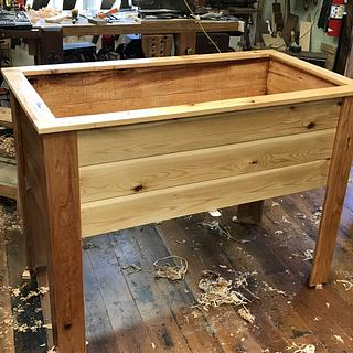 Cedar Raised Planter Box - Woodworking Project by Smitty