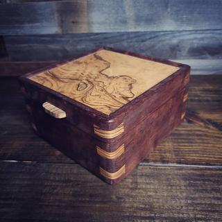 Dovetail Spline Valet Box - Project by SmokeAndSand