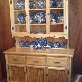 China hutch - Project by jim webster