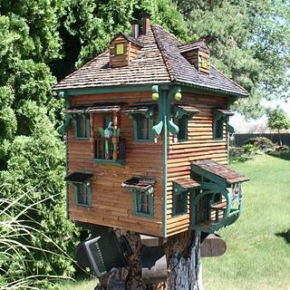 Stump Fairy House - Cake by Kelly