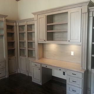 Home office built-ins - Project by Bill