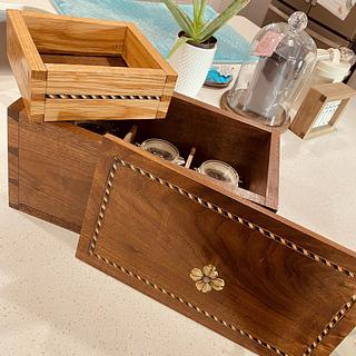 Dovetailed tea caddy - Project by MattL