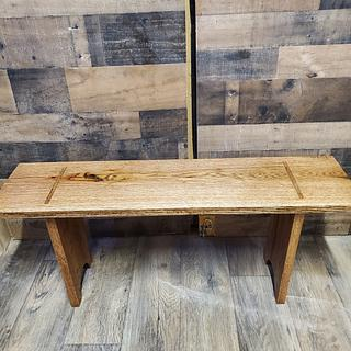 Red oak bench  - Project by Hilltop woodworking