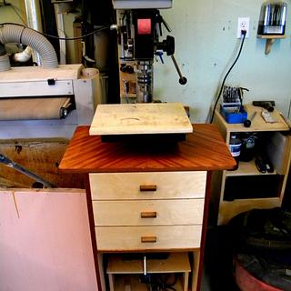 Drill Press Cabinet ..... Thanks LWLL - Woodworking Project by shipwright