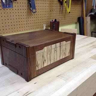 Greene & Greene inspired Jewelry Box - Woodworking Project by Christopher
