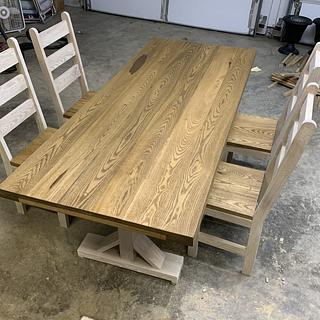 Sassafras Dining Table - Project by Coal River Workshop