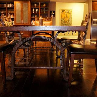 Dining table - Project by WestCoast Arts