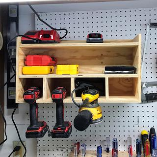 Hanging Drill Storage - Woodworking Project by horstbc