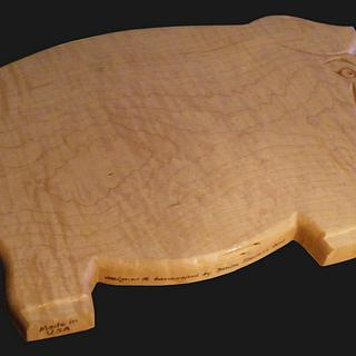 Curly Maple, Carved Pig Cutting Board - Cake by Lightweightladylefty