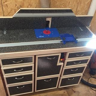 Router table - Woodworking Project by Jeff
