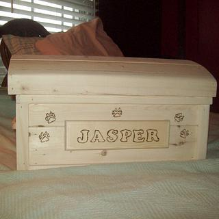 dog toy box - Woodworking Project by jim webster