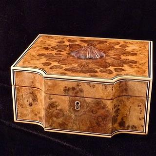 Walnut Burl Man Box