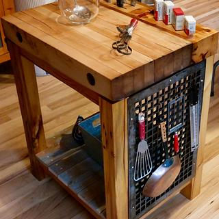 Kitchen Island - Woodworking Project by Boone's Woodshed