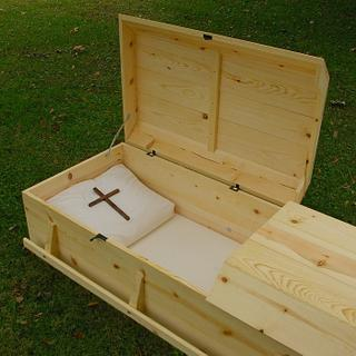 Pine Casket - Coffered Lid - Woodworking Project by Michael Ray