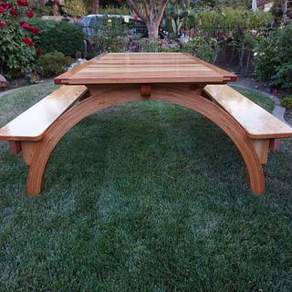 Arched Legs Picnic Table - Project by lanwater