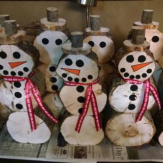 Snowmen minions! - Woodworking Project by Maderhausen