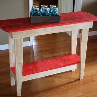 Pallet Hall Table - Project by unclebub