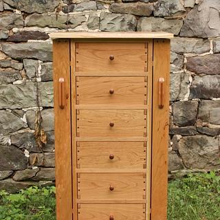 Greene & Greene inspired jewelry box - Woodworking Project by aframe