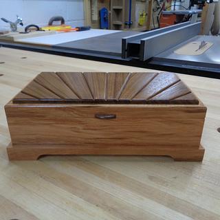 Sunburst Lidded Keepsake Box - Project by kdc68