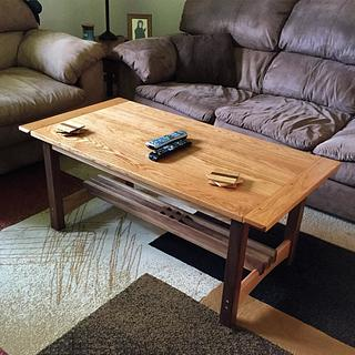 Oak and walnut coffee table - Project by Nick Endle