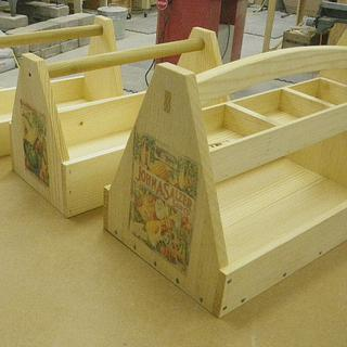 Garden Totes - Woodworking Project by Bondo Gaposis