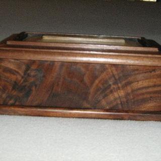 Box in fiqured walnut - Cake by a1jim