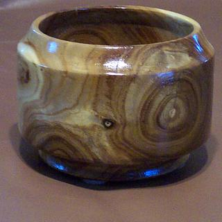Solid Catapla Bowl - Project by Wheaties  -  Bruce A Wheatcroft   ( BAW Woodworking)