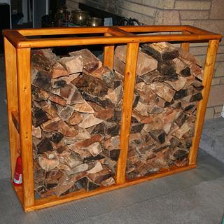Fire Wood Storage - Cake by Kelly