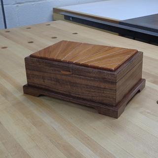Another Sunburst Lidded Treasure Box - Project by kdc68