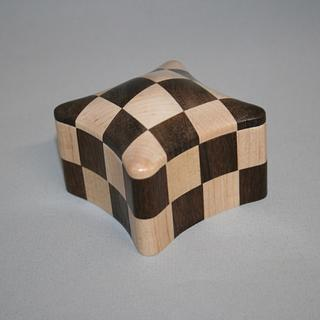 Curved Checkerboard Box - Project by Roger Gaborski