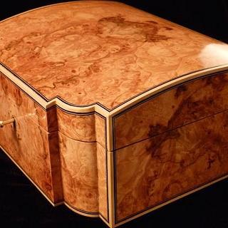 Maple Burl Jewelry Box - Project by RogerBean