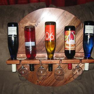 Wine Rack with 4 glasses