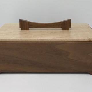 Walnut and Maple Keepsake Box - Cake by kdc68
