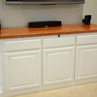 Low entertainment console - Project by Bill