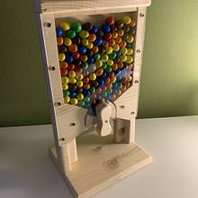 M&M dispenser  - Woodworking Project by Basti