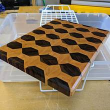 My first end grain cutting board - Woodworking Project by TJ512