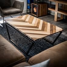 Herringbone Coffee Table - Woodworking Project by ZacBuilds