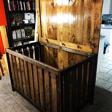 Farmhouse style crib - Woodworking Project by DesertPine