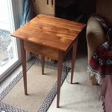 Shaker Side Table - Woodworking Project by 3fingerpat