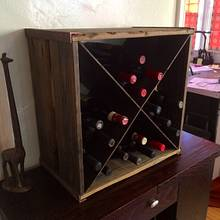 Rustic wine box - Woodworking Project by Indistressed