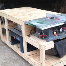 Work bench - Woodworking Project by Boone's Woodshed