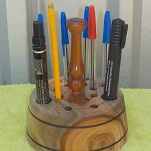 PENCIL & PEN HOLDER  - Woodworking Project by Sam Shakouri