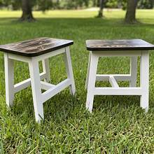 Farmhouse step stools  - Woodworking Project by DaltryWoodworks